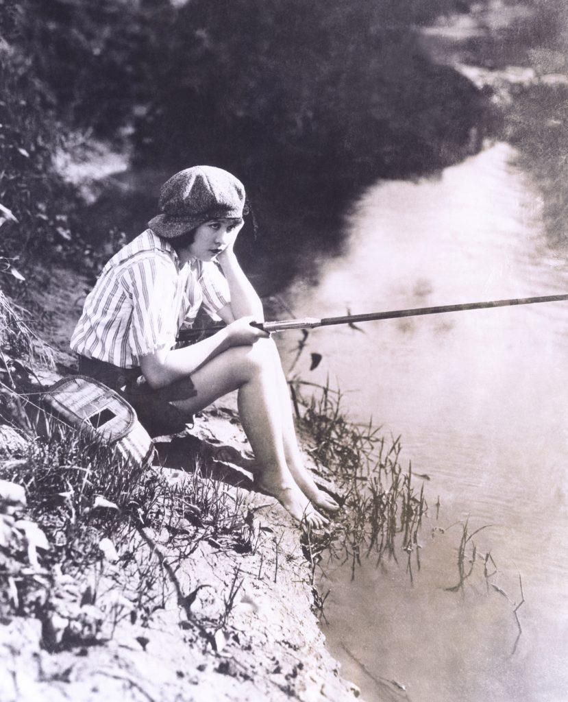 Bored with fishing (OLVI007_OU956_F)