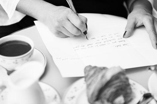 Rima Nouri writing Newsletter